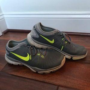 Nike flex supreme TR4 womens size 7 grey